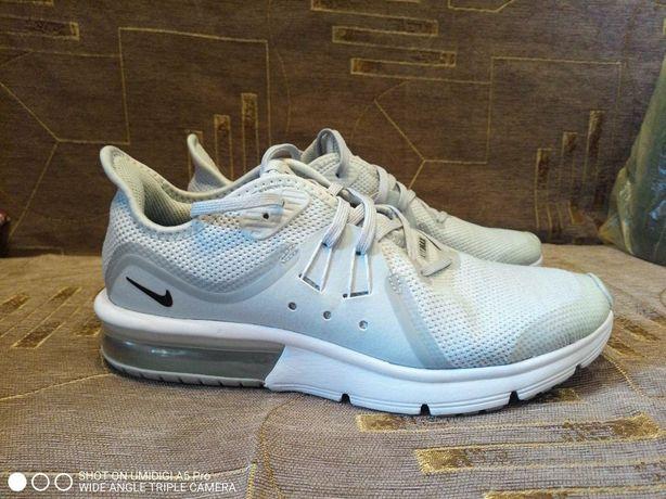 Продам кроссовки  Nike Airmax39 размер оригинал
