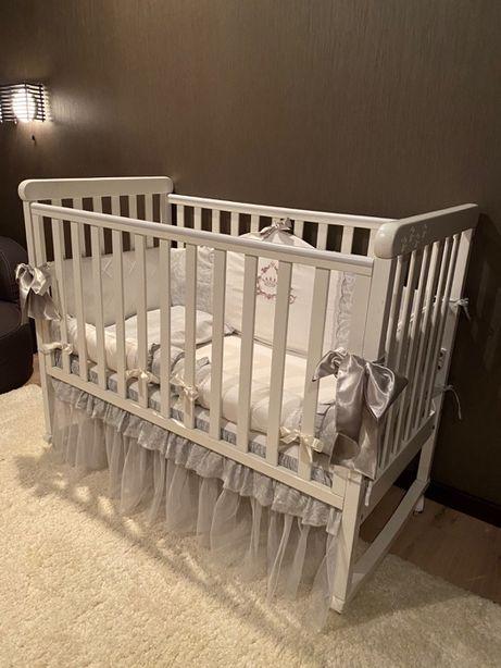 Продам детскую кроватку Верес + матрас + бортики + постель