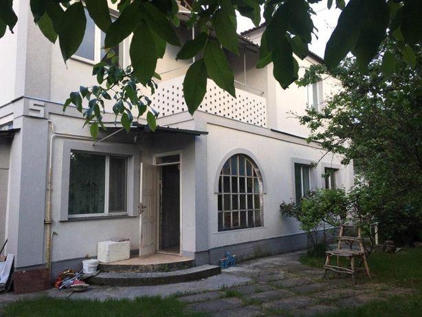Продажа дома 188 кв.м., 8.5 соток. в г. Борисполь.