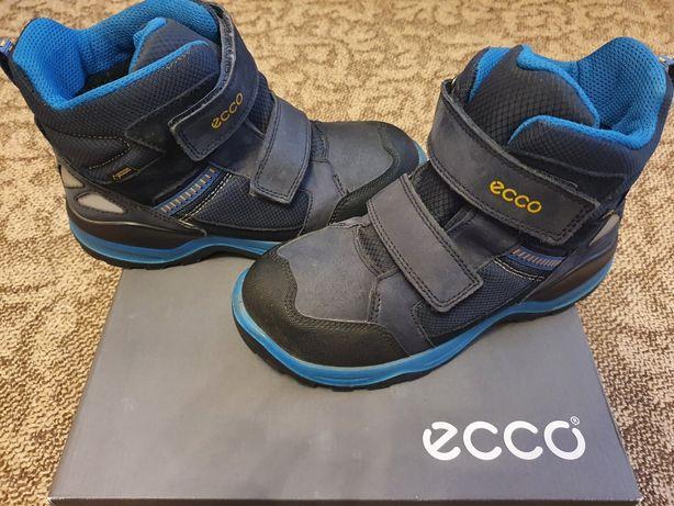 """Детские утепленные ботинки на мальчика, фирма """"Ecco"""", размер 37"""
