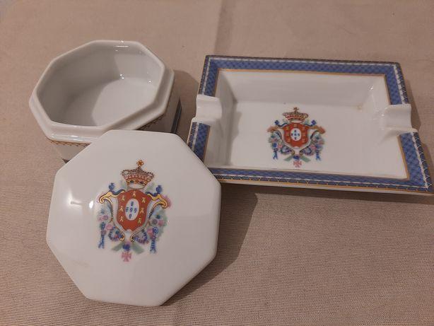 caixas antigas guarda jóias e guarda comprimidos Coimbra Aveiro faianç