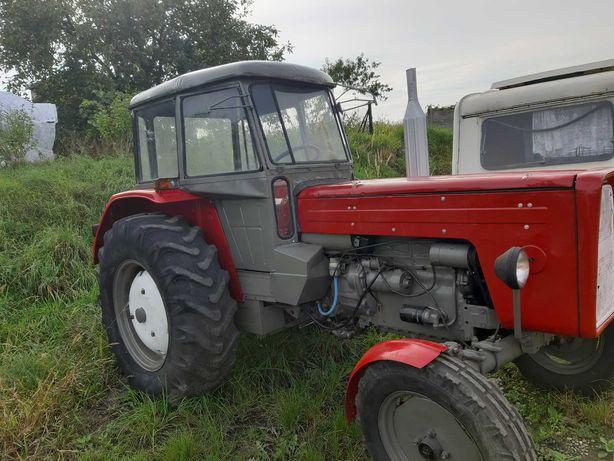 Traktor Ursus C-360