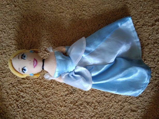Кукла игрушечная