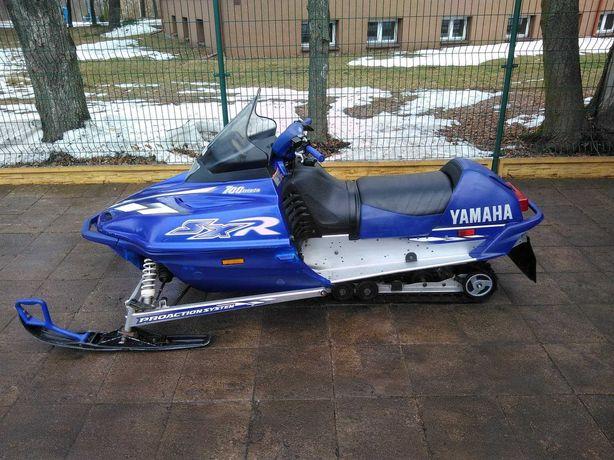 skuter śnieżny yamaha sxr 700