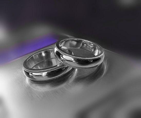 Przepiękna Para Srebrnych Obrączek Ślubnych