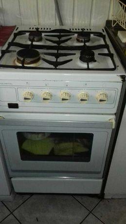 kuchenka gazowa-sprawna, odbiór do czwartku