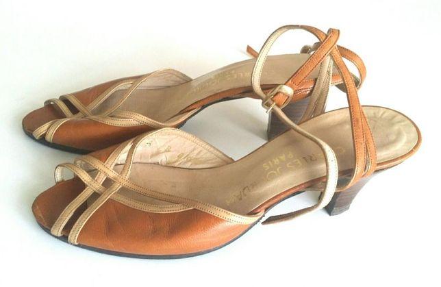 Sapatos vintage kitten heel Charles Jourdan Paris peep toe pele 34