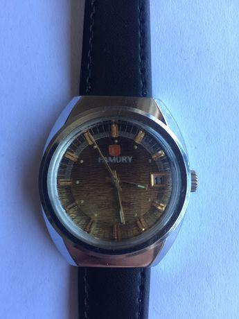 Relógio mecãnico antigo, FAMORY, raro, de coleção