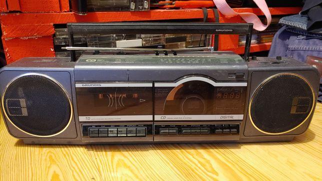 Grundig model RR1700R radio globalne sprawne Vintage
