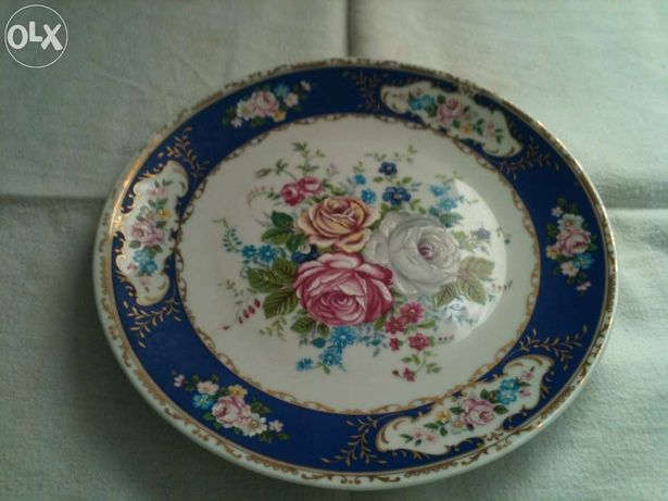 Antiguidade - Porcelana - prato limoges azul - marca t