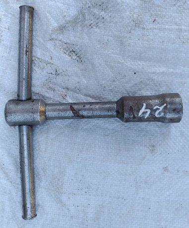 Ключ торцевой на 24