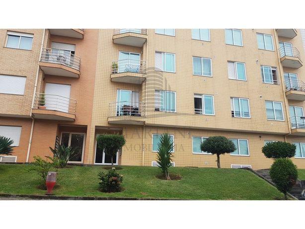 Apartamento T2 em Avintes