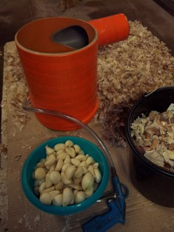 Obieraczka do czosnku i cebuli, obiera czosnek na biało, obierak