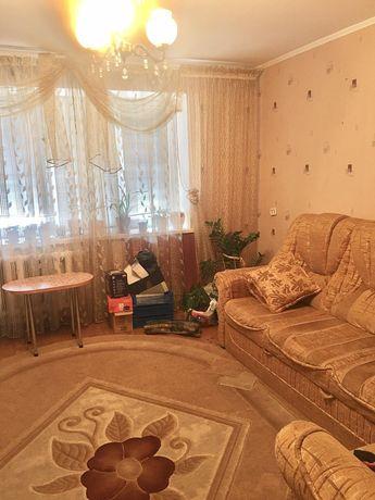 Продам чотири кімнатну квартиру р-н Покровського