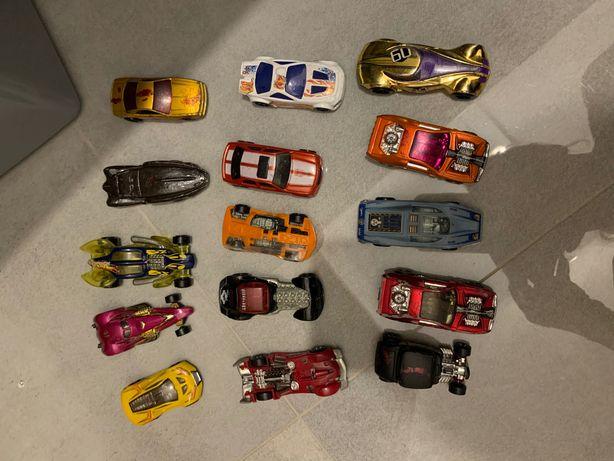 15 Samochodzików hot wheels