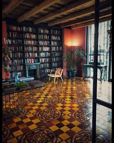 Библиотека 1500 книг студии офиса лофта дома квартиры