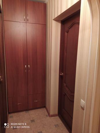 Здається кімната в 3 кімнатній квартирі для дівчини
