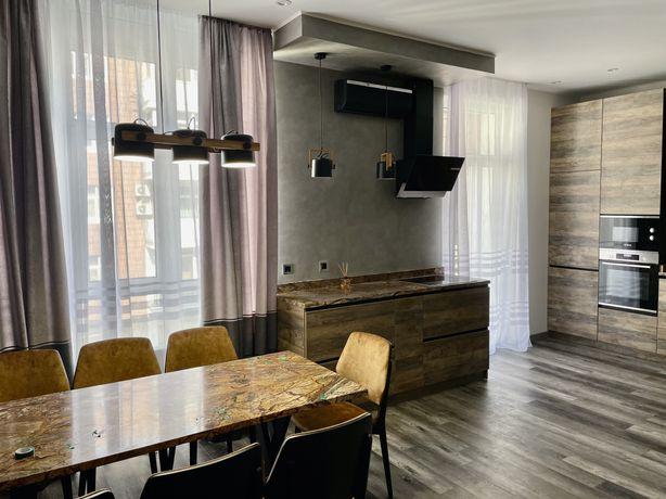 Продам квартиру 123 м.кв. ЖК Французкий квартал. Печерск