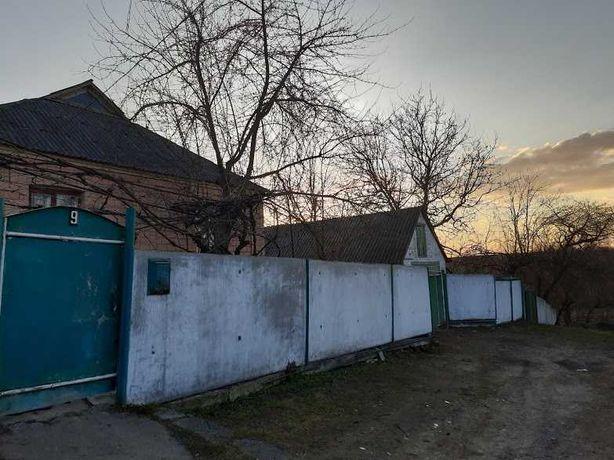 Продается дом в Звенигородке в живописном месте возле речки!