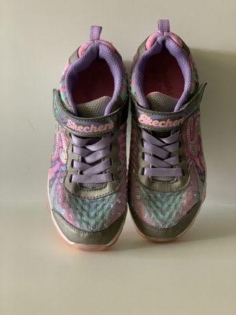 Кроссовки светящиеся Skechers б/у на девочку US 13