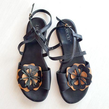 Czarne skórzane sandały Lasocki 36
