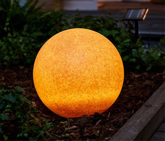 Kulista lampa solarna