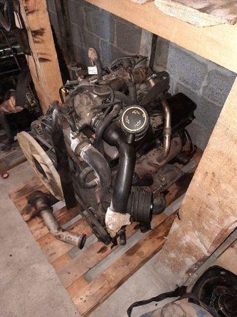 ДВС Двигатель Ford Transit 2.5 TDI пробег 184 тыс.