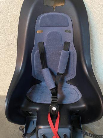 Porta bagagem e cadeira de criança Bclip da Decathlon
