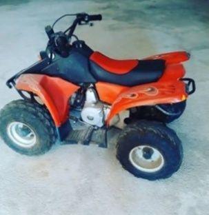 Moto 4   50cc vermelha