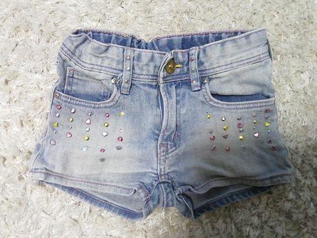 Шорти джинсові на 4-5 років.