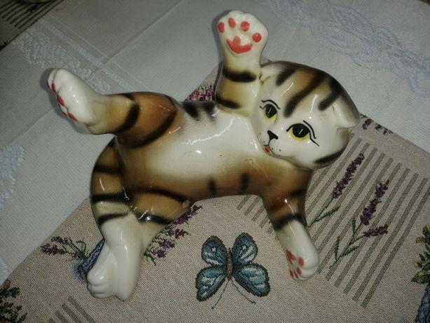 Котик статуэтка керамика
