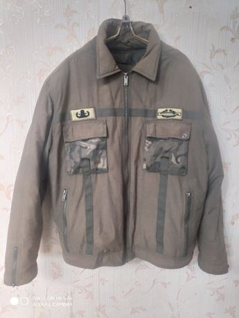 Продам демисезонные куртки