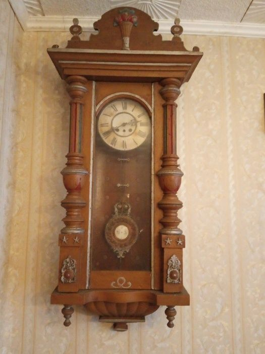 Zabytkowy zegar scienny Ostrów Wielkopolski - image 1