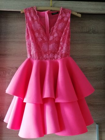 Witam sprzedam śliczna sukienke