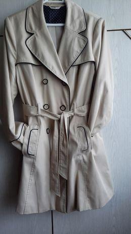 Płaszcz,  trencz