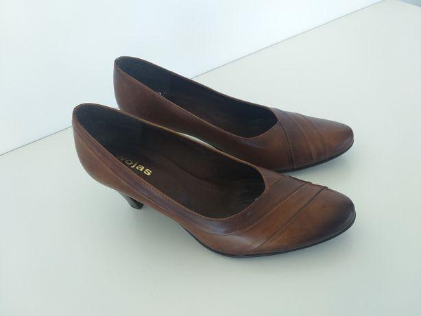 Buty skórzane czółenka Wojas w rozmiarze 38