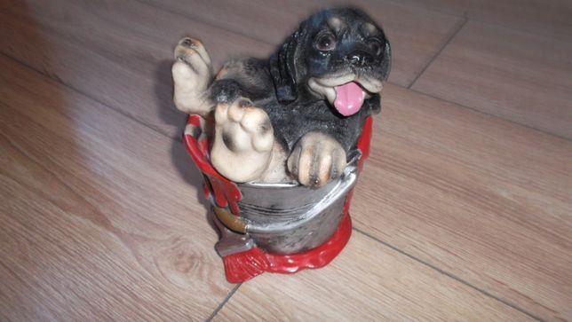 Skarbonka Pies we wiadrze z farbą urocza