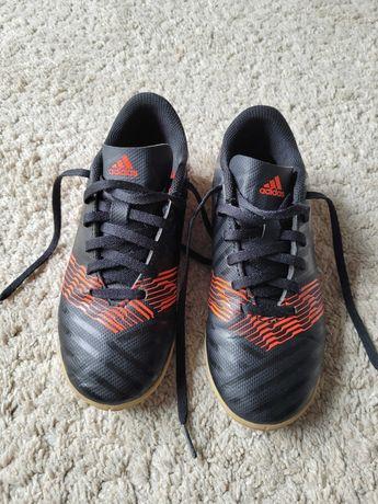 Halówki, buty Adidas r.34 tanio