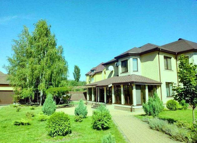 Продажа дома с ремонтом в КГ, Дмитровка,10км от Киева
