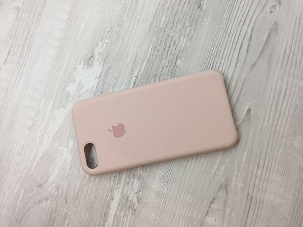 Продам чехол на IPhone 7/8 ,есть маленький дефект