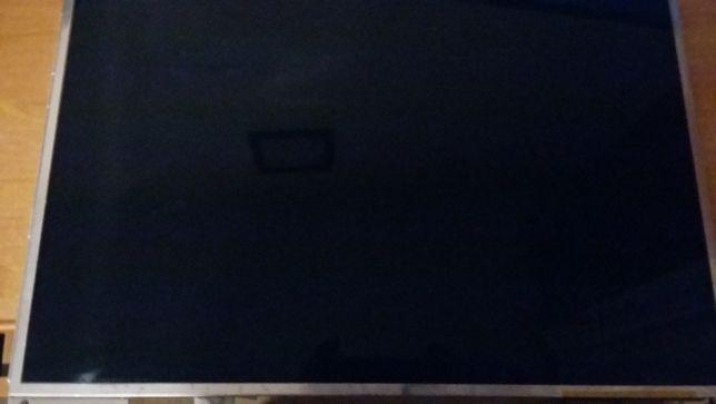 Sprzedam matryce N154 1 L0Cdo laptopa