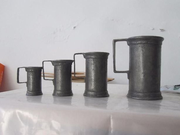 Canecas Medidoras Ferro **Vintage**