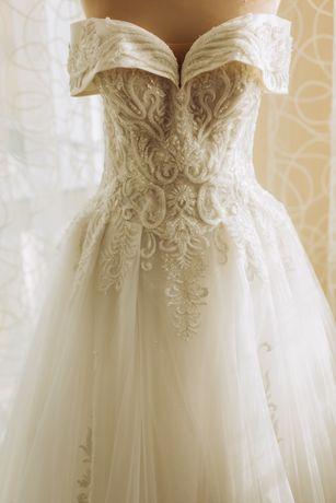 Весільне плаття 34-36 розмір
