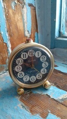 Часы слава из СССР 11 камней редкий черный циферблат и цвет корпуса