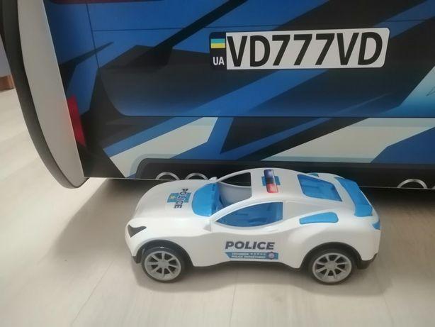 Машина полицейская