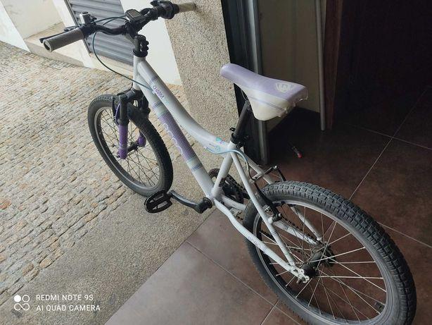 Bicicletas de criança em excelente estado apenas 30€ cada roda 20