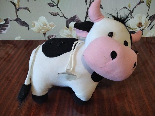 Игрушка мягкая корова на липучке