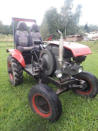 Traktor SAM ESIOK Silnik Andoria 18