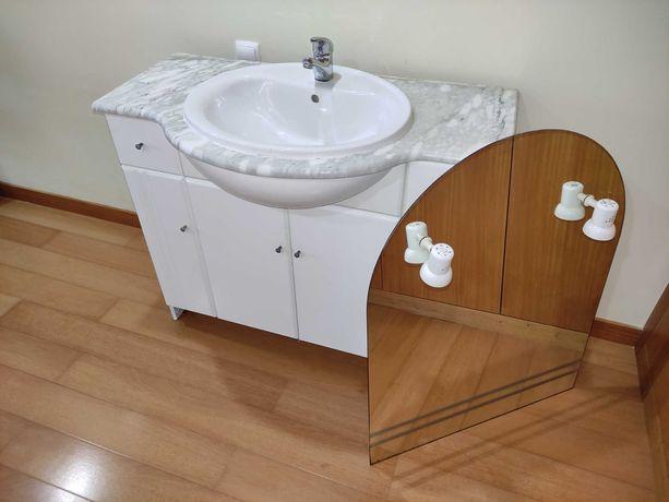 Móvel Lavatório Casa de Banho + Torneira + Espelho