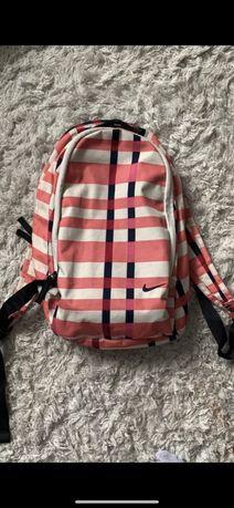 Podróżny plecak Nike